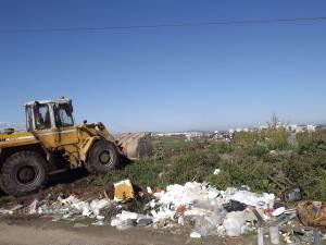 groapa de gunoi ilegala desfiintata de angajatii primariei suceava (1)