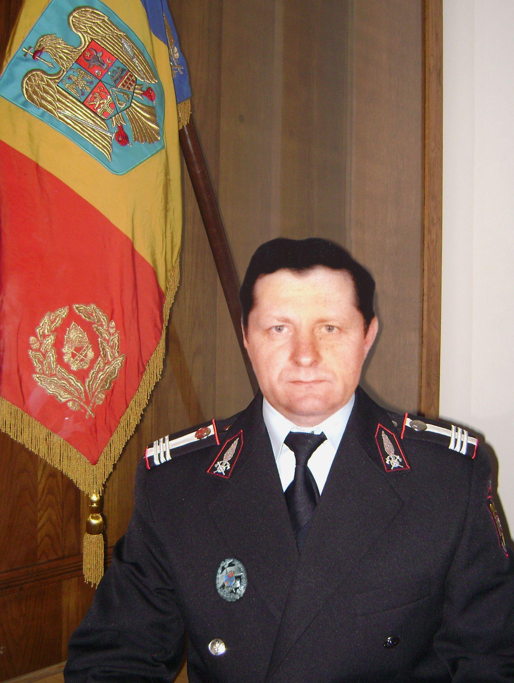 colonel Eugen Gaitan ISU drapel