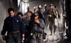 protest-la-mina-de-uraniu-crucea-peste-300-de-mineri-s-au-blocat-in-subteran-nemultumiti-de-160823