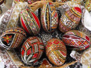 În vederea jurizării acestui concurs, s-a avut în vedere, autenticitatea ouălor,