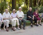 Să ne iubim bătrânii!