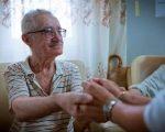 Nevoile persoanelor vârstnice, analizate la Consiliul Județean Suceava