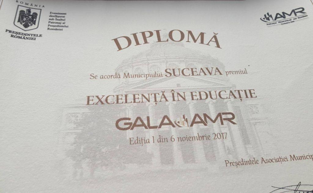 """Suceava a câtigat premiul de """"Excelență în educație"""" la Gala Asociației Municipiilor"""
