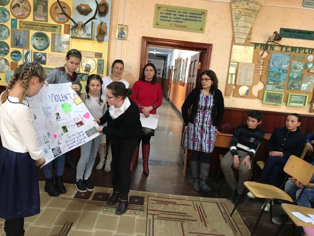 """""""Spune stop violenței"""", activitate–concurs la Școala Gimnazială Șerbăuți"""