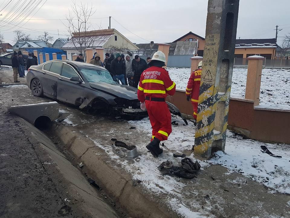Trei tineri au ajuns la spital, în urma unui accident petrecut la Dumbrăveni