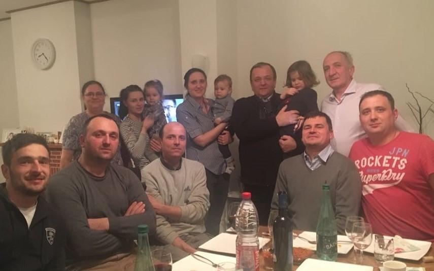 Vineri, 23 martie, Gheorghe Flutur, într-o comunitate de suceveni în Bruxelles, mulți bosânceni – familiile Fodor, Croitor, Blîndu