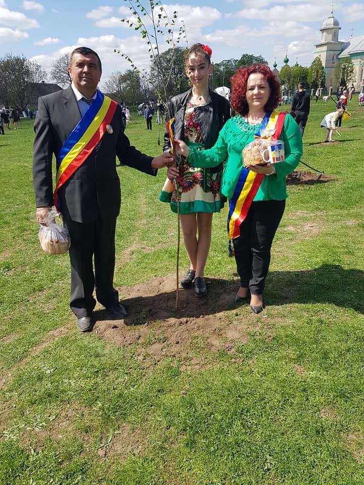 Românii din Bucovina ucraineană au omagiat centenarul în comuna Mahala