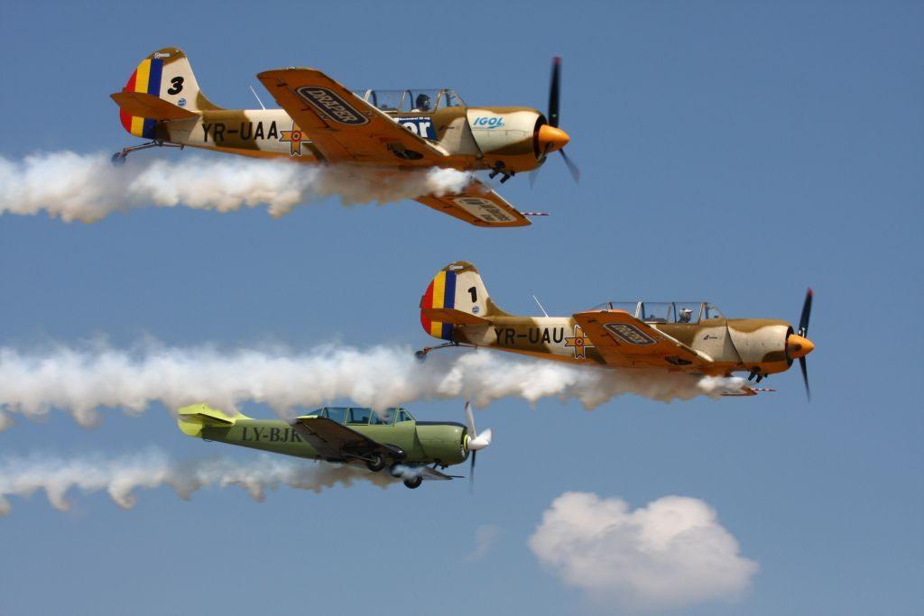 Suceava Air Show 2012